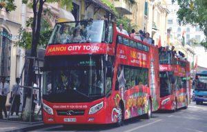 """Xe buýt 2 tầng City tour Hà Nội: Thêm """"món ngon"""" cho du lịch Hà Nội"""