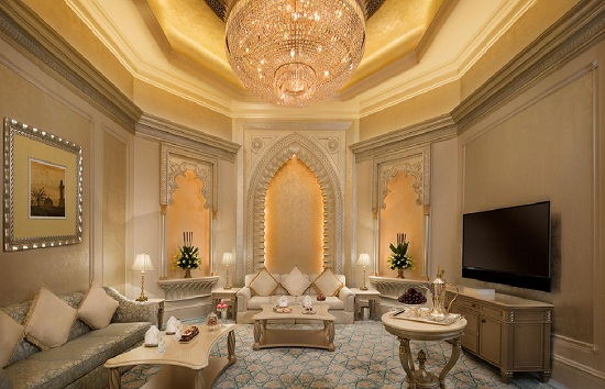 gia phòng suite khach san Emirates Palace