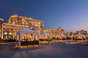 Chiêm ngưỡng Emirates Palace – khách sạn 7 sao dát hơn 40 tấn vàng