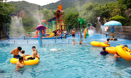 suối khoáng nóng thần tài - tour du lịch đà nẵng