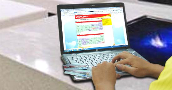 Đặt vé máy bay Vitejet Air Đà Lạt đi Sài Gòn online có an toàn?