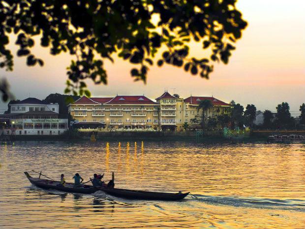 Khách sạn Victoria Châu Đốc -  An Giang