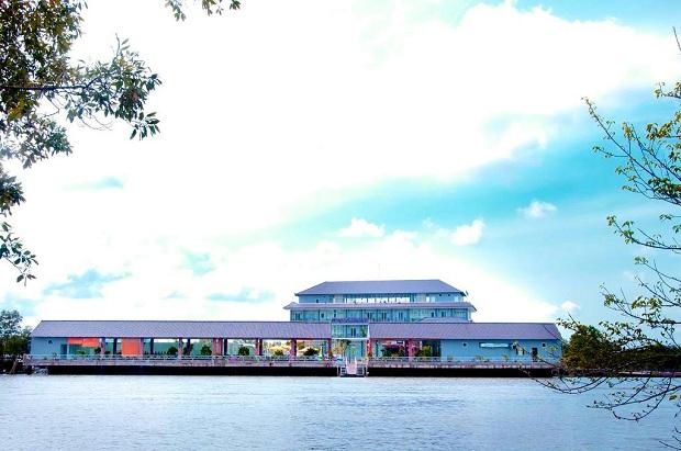 Khách sạn Ozon Đất Mũi Cà Mau