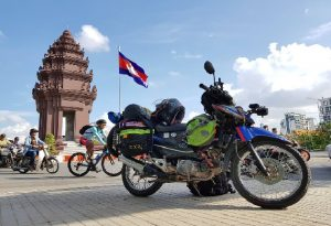 Kinh nghiệm đi du lịch bằng xe máy đến Campuchia