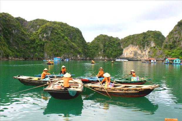 Ngỡ ngàng trước vẻ đẹp thiên nhiên tại vinh Lan Hạ