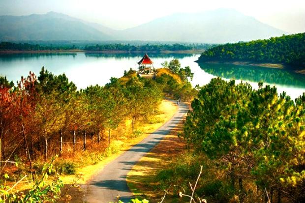 Vẻ đẹp của Hồ T'nưng