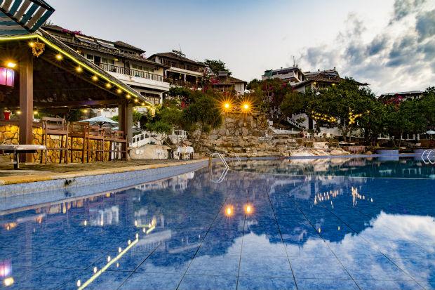 Rock Water Bay Resort - Bình Thuận