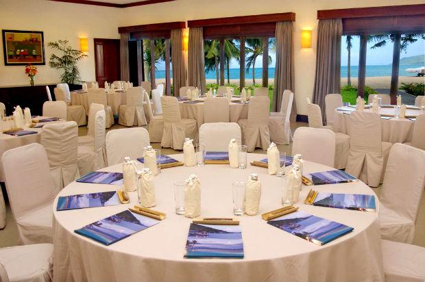 Nhà hàng với view biển tại Evason Ana Mandara Nha Trang