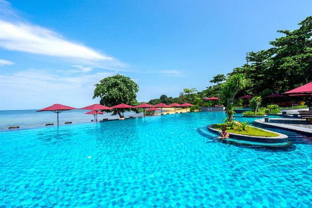 Hồ bơi khu Nghỉ Dưỡng Nam Nghi Phú Quốc