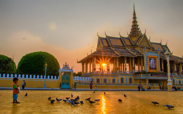 Tour du lịch Campuchia từ Hà Nội: SiemReap – Phnom Penh – Chuyến đi đặc biệt đến xứ sở Chùa Tháp
