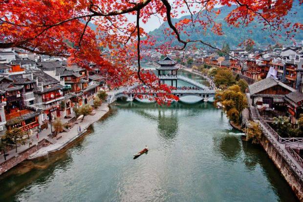 Tour du lịch Trung Quốc: Nam Ninh – Trương Gia Giới – Phượng Hoàng Cổ Trấn – Phù Dung Trấn từ Hà Nội