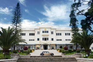 Khám phá khách sạn lâu đời nhất xứ sở ngàn hoa:DaLat Palace Heritage Hotel