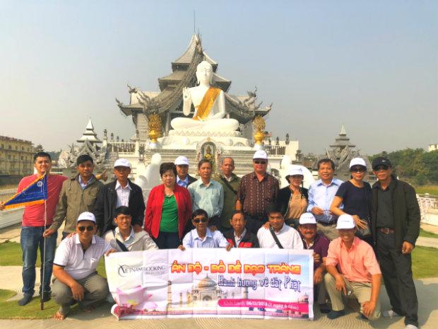Đoàn khách du lịch Ấn Độ của Vietnam Booking