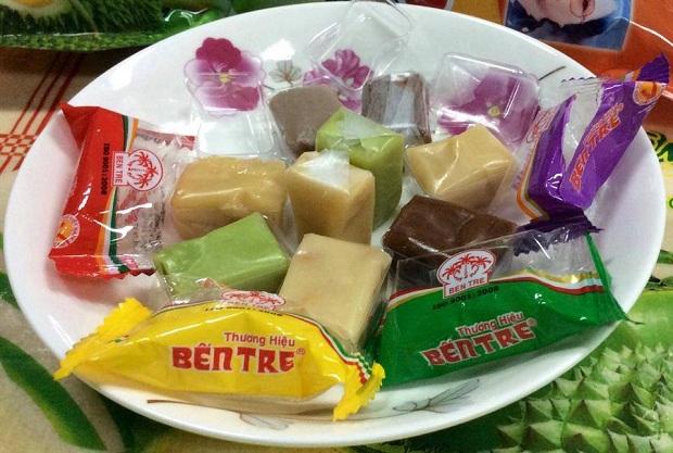 Kẹo dừa thơm ngon - đặc sản Bến Tre