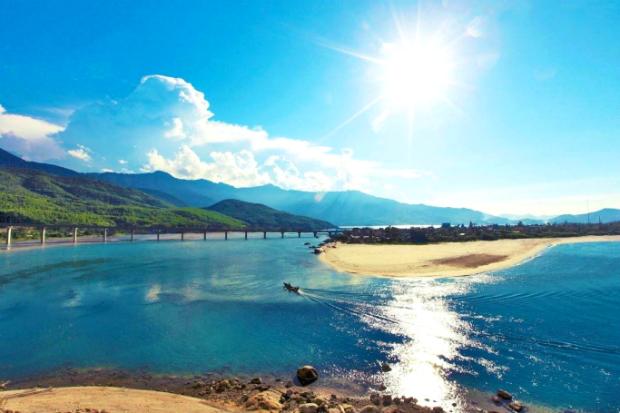 Vịnh Lăng Cô - Du lịch đà nẵng hội an huế