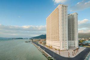 Qua đêm tại khách sạn dát vàng 24k siêu hot tại Đà Nẵng: Golden Bay Danang Hotel