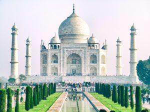Thông tin du lịch Ấn Độ – Tăng giá vé tham quan đền Taj Mahal