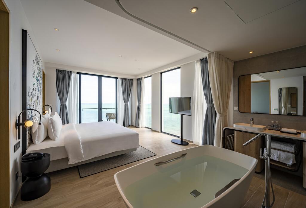 Khách sạn Bình Định