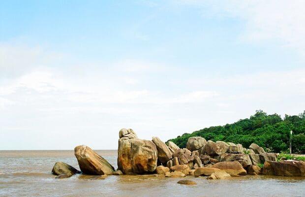 Khách sạn Cà Mau gần hòn đá bạc