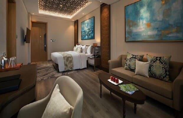 Phòng ngủ khách sạn Khánh Hòa Wyndham Grand KN Paradise Cam Ranh