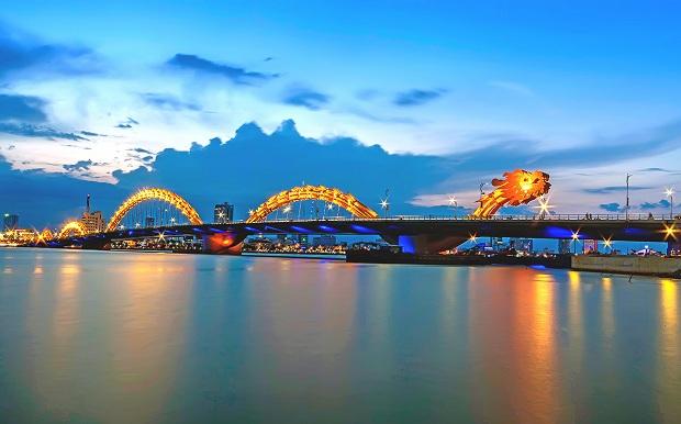 Book vé máy bay giá rẻ bay thẳng đến Đà Nẵng