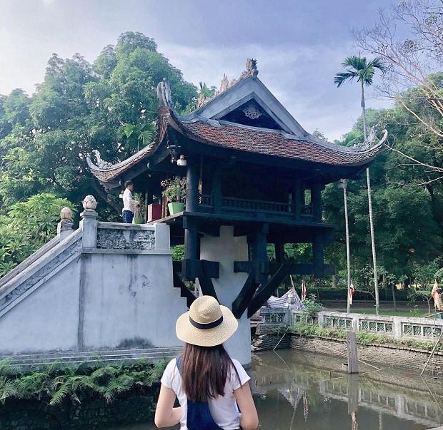 Chùa Một Cột là điểm tham quan không thể bỏ qua trong chuyến du lịch Hà Nội