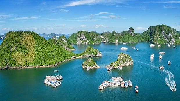 Đặt vé máy bay đi Quảng Ninh khám phá Vịnh Hạ Long