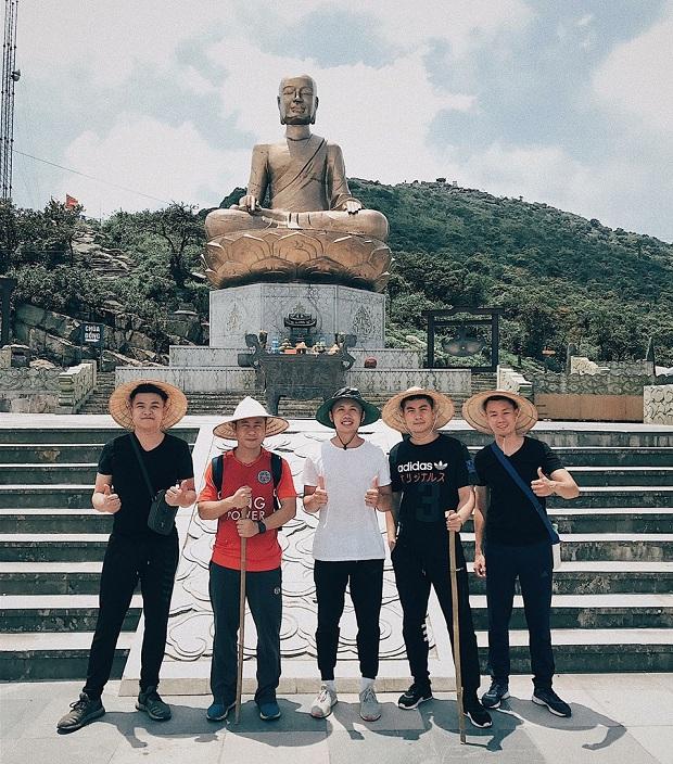 Đặt vé đi Quảng Ninh nhớ đến thăm Yên Tử