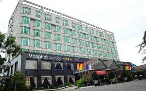 Khách sạn Vạn Phát Riverside