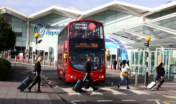 Vé máy bay đi Birmingham - Cách di chuyển từ sân bay Birmingham