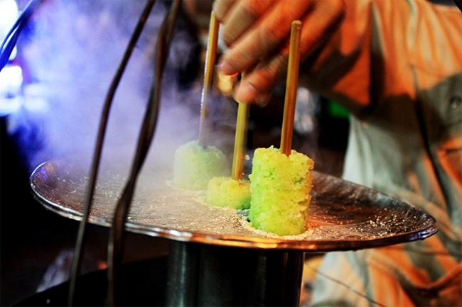 Bánh cuốn ống chợ Đà Lạt- Chợ đêm đà lạt về đêm