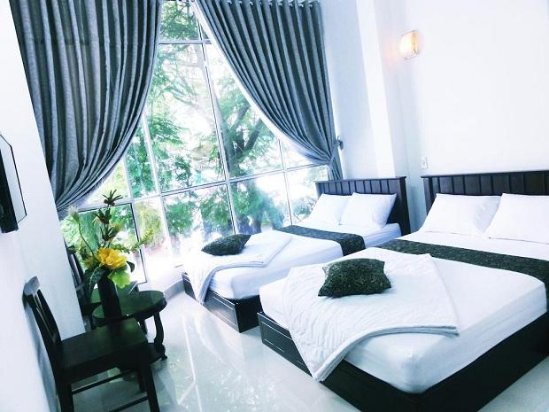 Khách sạn Phong Lưu trên đường Hoàng Hoa Thám Nha Trang