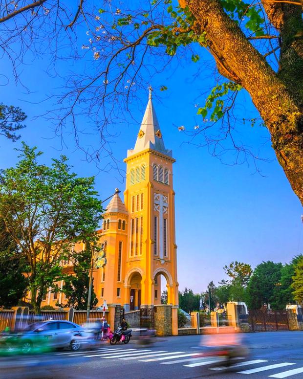 Nhà thờ Con Gà Đà Lạt - nên đi đâu khi đến đà lạt