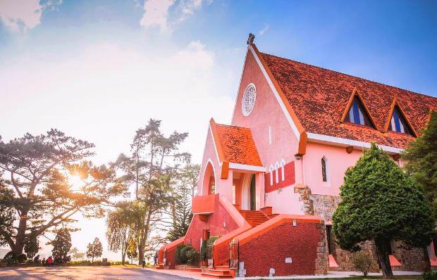 Nhà thờDomain-de Marie Đà Lạt- du lịch nha trang đà lạt