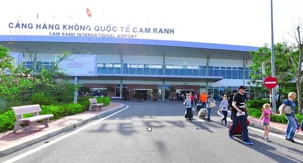 Vé máy bay Hà Nội Nha Trang đáp xuống sân bay Cam Ranh