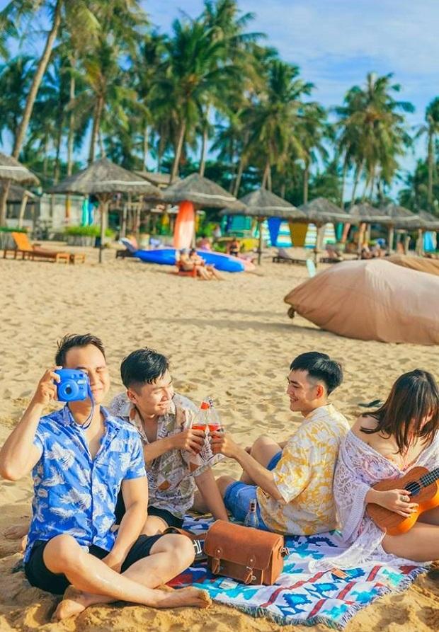 Bãi biển Sunset Santono | Tour du lịch Đà Nẵng Phú Quốc