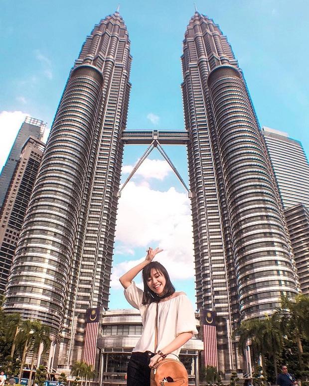 Tháp đôi Petronas -Tour du lịch Singapore - Malaysia 5 ngày 4 đêm