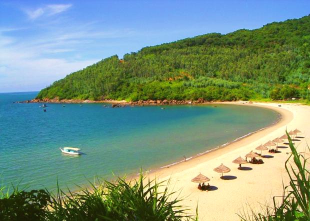 Vẻ đẹp hoang sơ ở Bãi Nam - tour lặn biển bán đảo Sơn Trà