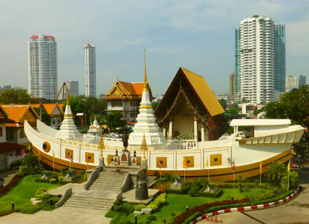 Chùa Thuyền xá lợi Phật - Tour Lào Campuchia Thái Lan