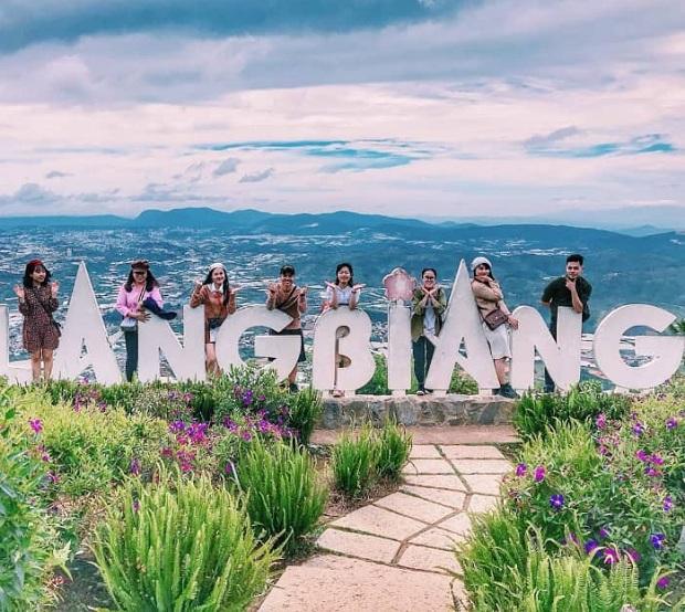 Đỉnh Langbiang khi đến Đà Lạt - Tour cần thơ đà lạt