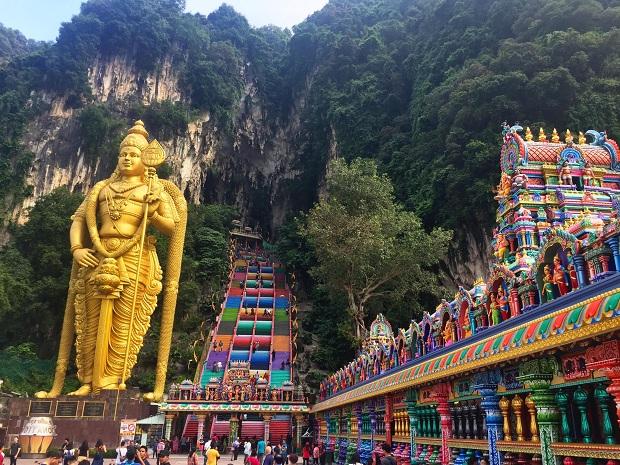 Động Batu | Tour Malaysia Singapore 4 ngày 3 đêm