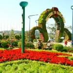 Tour Đà Lạt 4N3Đ từ Tp.HCM   Tham quan Trại Mát – Làng hoa Vạn Thành – Đường hầm điêu khắc – Chùa Linh Phước