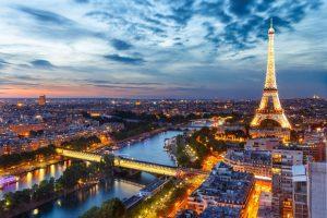 Đặt vé máy bay đi Pháp giá rẻ