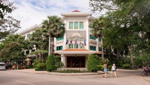 Khách sạn Angkor Holiday Campuchia