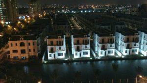 TrangOz' BnB – Balcony Bar Suites view to Venice of Hanoi