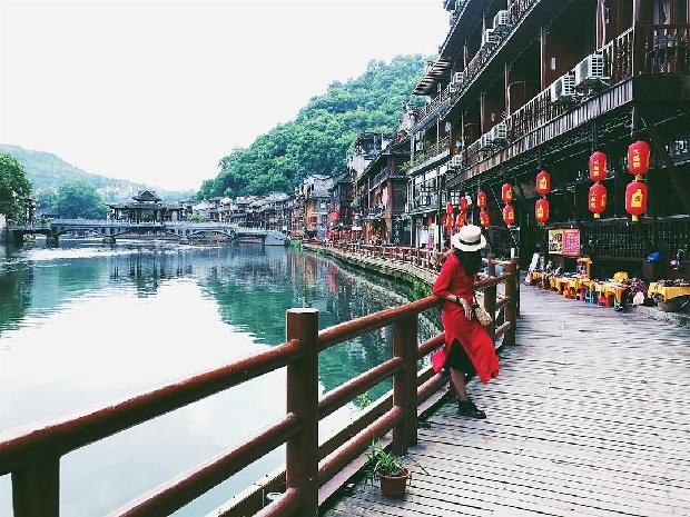 Tour du lịch Trương Gia Giới – Phượng Hoàng Trấn 6N5Đ bay thẳng từ Hà Nội