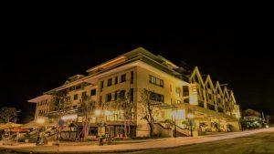 Combo Khách sạn Lotus Aroma Sapa 4* + Xe giường nằm cao cấp