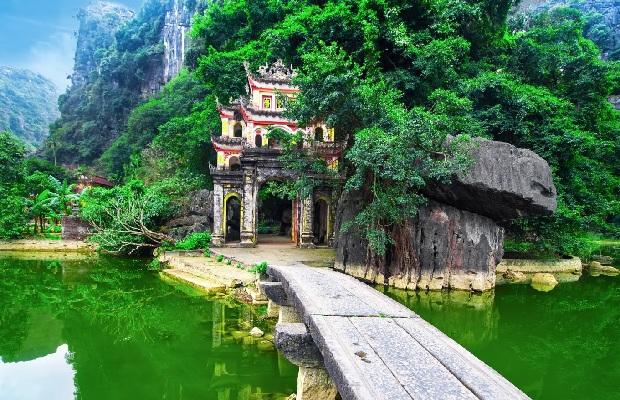 Tour du lịch Hà Nội Hoa Lư Tam Cốc 1 ngày | Hành trình tìm về Cố đô