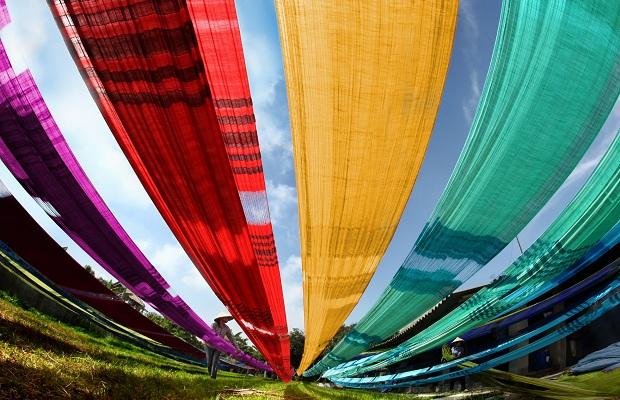 Tour du lịch Hà Nội – Làng Cổ Đường Lâm – Chùa Mía – Làng Lụa Vạn Phúc