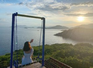 Tour Bình Hưng | Lặn Ngắm San Hô – BBQ Hải Sản Tôm Hùm – Vườn Nho 2N2Đ
